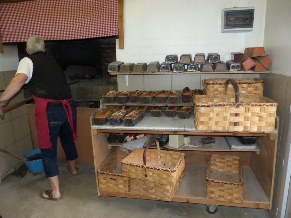 illustre circuit court AMAP et cuisson pain paysan